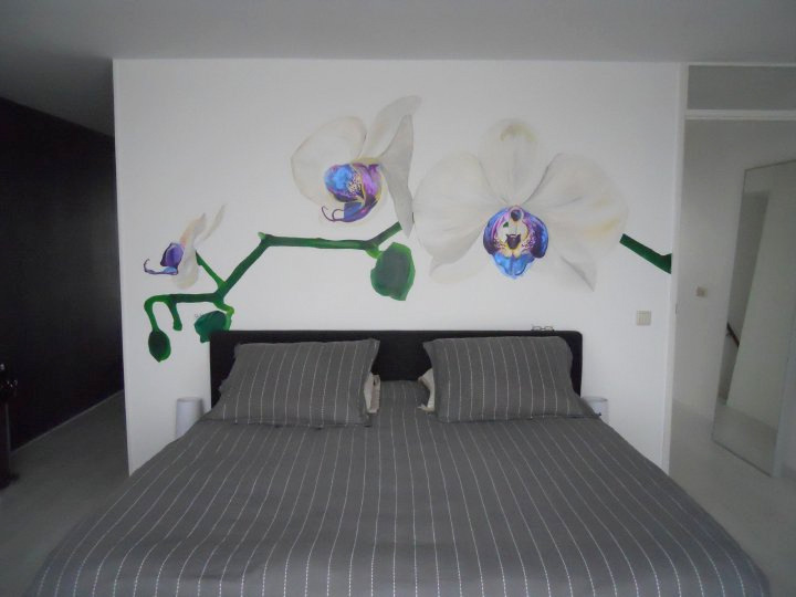 Muurschildering Orchidee in opdracht in Amsterdam | 2010 230 x 240 cm
